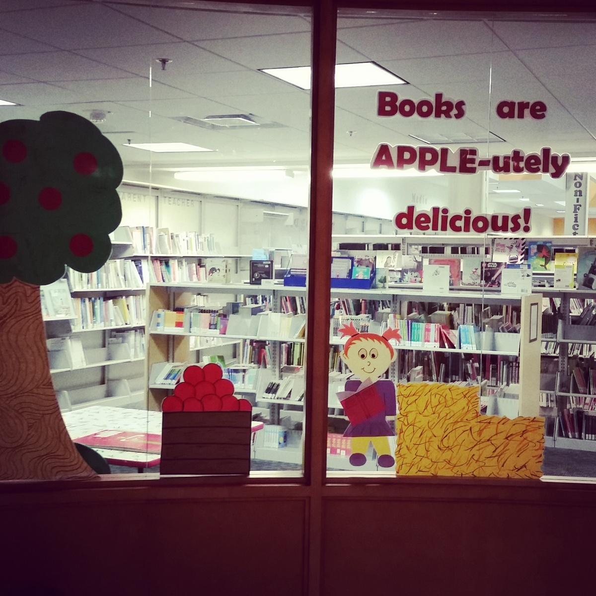Books are APPLE-utely delicious!